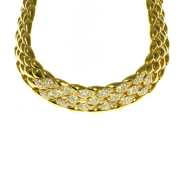 Diamond set gold necklace